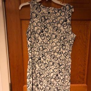 Dress, sleeveless, black/white circles, to knee